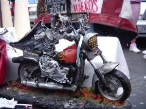 La Santa Muerte sulla moto artigianato