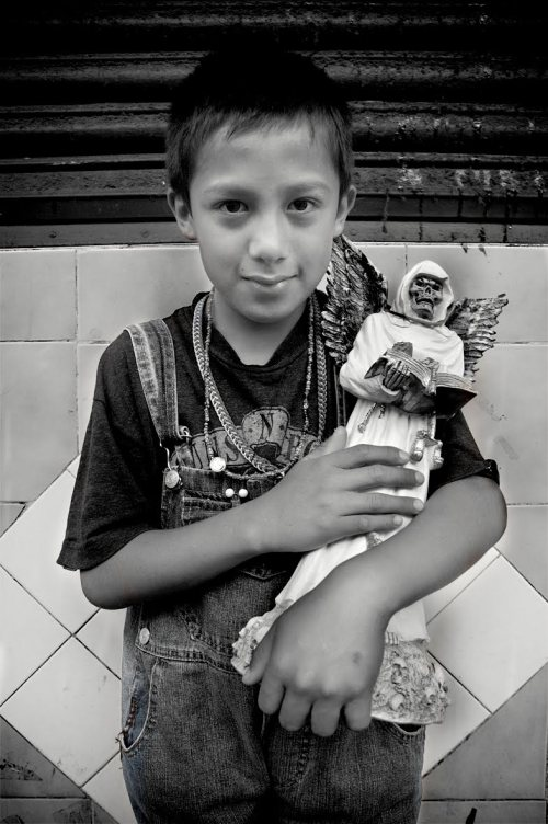 SANTA-MUERTE-niño