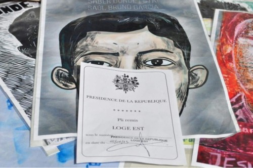 Ayotzinapa Paris Lettera Hollande EPN (12) (Small)