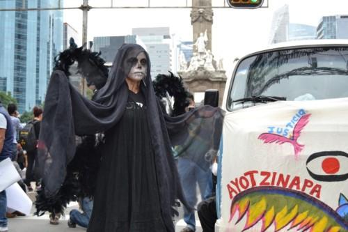 Ayotzinapa 25 S 2015 Mexico City (10) (Small)