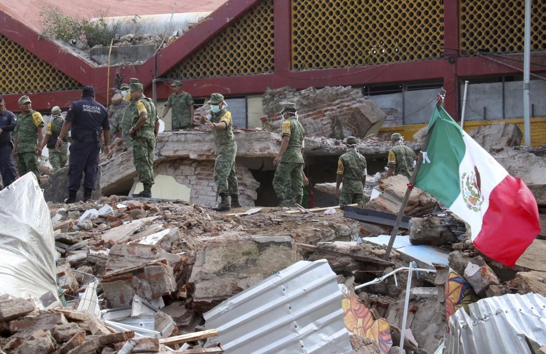 juchitan-oaxaca-ap-messico-terremoto-4